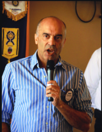 Pradeep Kapadia talked to Rotary about his foundation which has sent 300 students from Asia and Africa to college.
